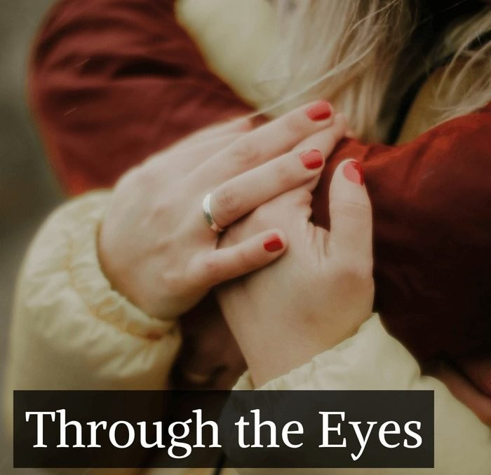 It seems like we all know someone battling infertility. But what is it like to look through their eyes? #infertility #wanttobeamom #childlessmother #achickandhergarden
