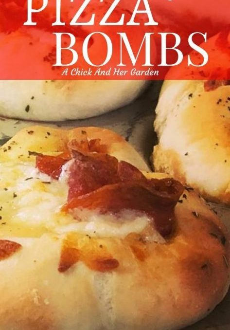 If you love pizza, these sourdough pizza bombs are perfect for a snack or make ahead lunch! #sourdoughpizza #pizzasnacks #appetizers #achickandhergarden