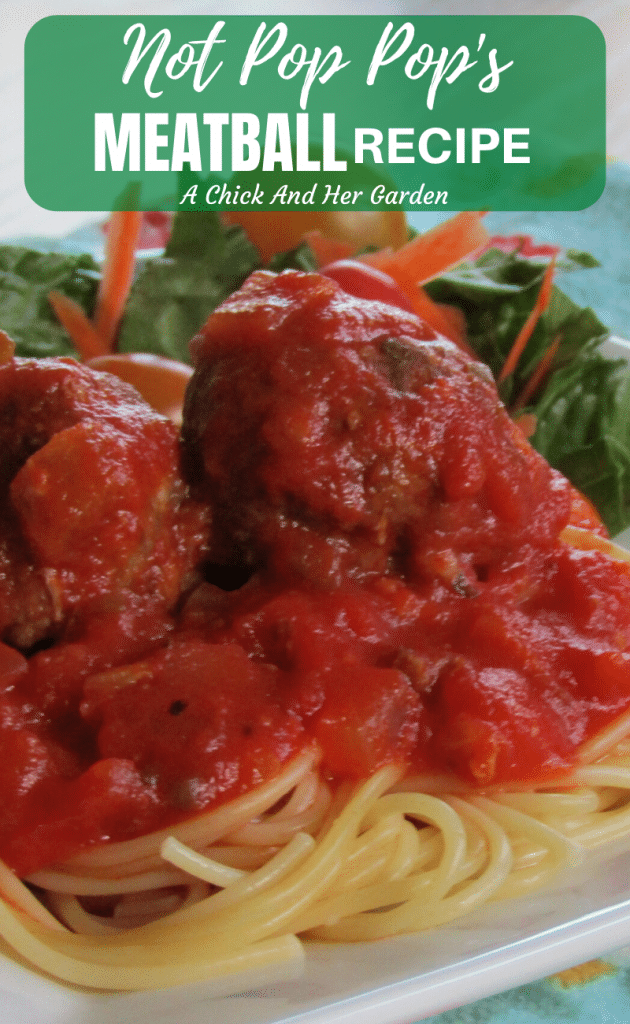 I can't believe this meatball recipe only takes 30 minutes! They taste like they've been simmering in a sauce all day! #wekknightdinner #30minutemeals #meatballrecipe #easyrecipes #fromscratchcooking #fromscratchrecipes #achickandhergarden